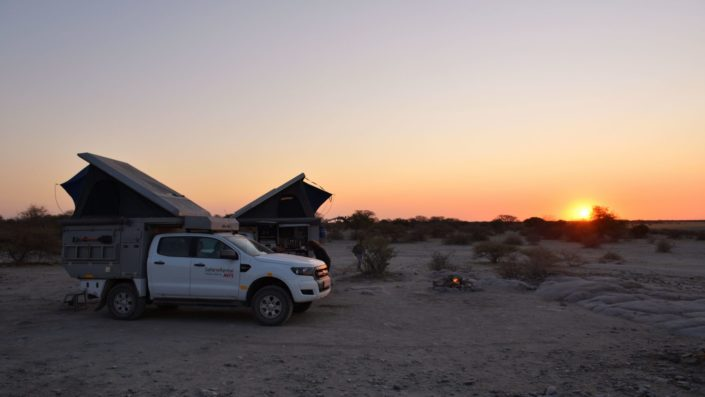 Sonnenuntergang in unserem Camp