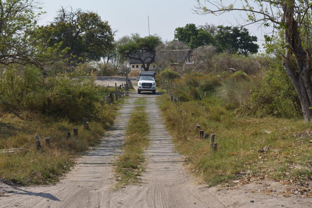 Ford Ranger auf der Third Bridge im Moremi Game Reserve