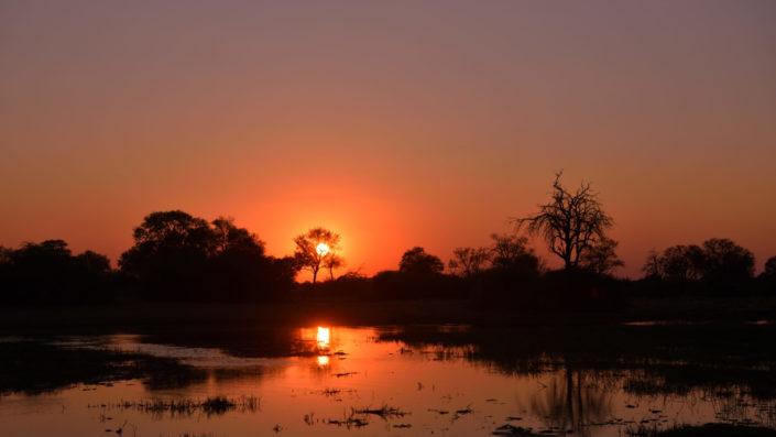 Sonnenuntergang auf der Magotho Campsite